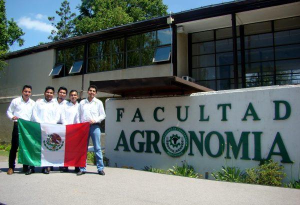 Estudiantes de México se capacitan en vitivinicultura en Agronomía UdeC
