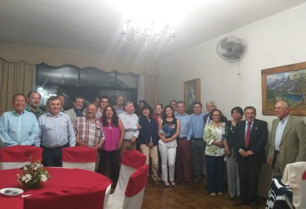 Colegio de Ingenieros Agrónomos de Ñuble otorga premio a académico de Agronomía