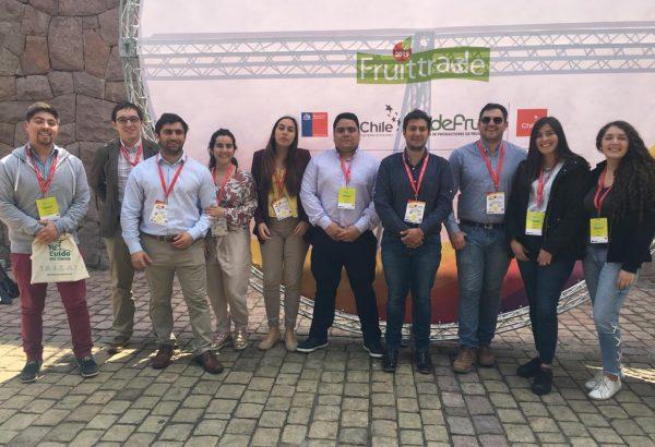 Estudiantes de Fruticultura y profesionales de Agronomía participaron en Fruittrade 2019